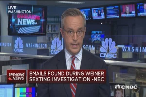 Emails found during Weiner sexting investigations -NBC
