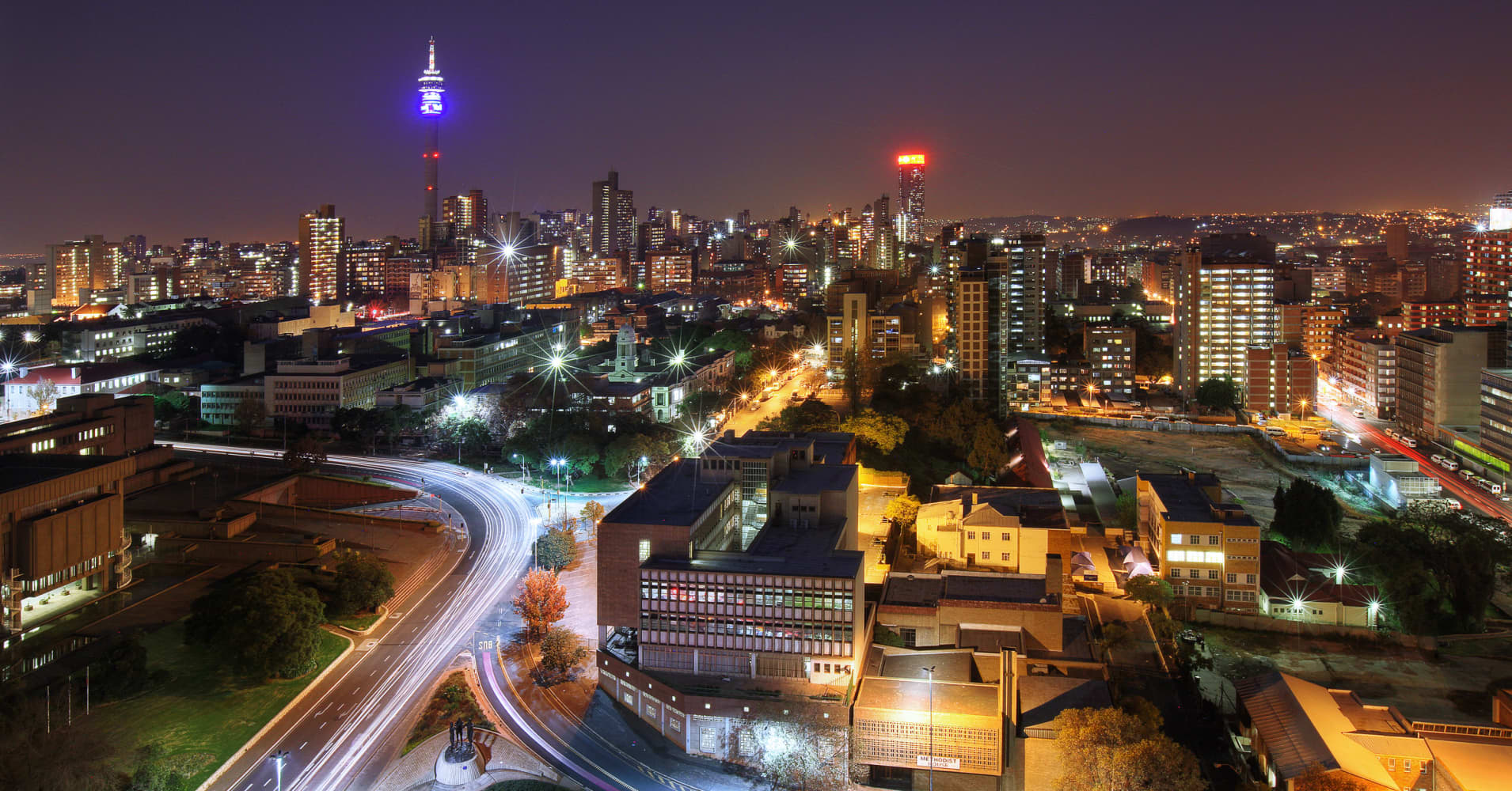 South Africa raises lending rate to 6.75 percent in tight call