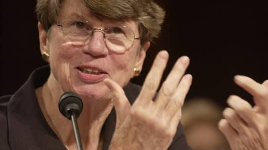 Former Clinton-era Attorney General Janet Reno testifies during the hearing of the national commission investigating the Sept. 11, 2001, terrorist attacks.