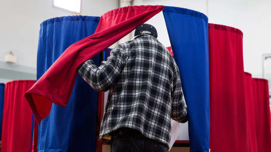 New Hampshire citizens cast their vote at Amherst Street Elementary School on November 8, 2016, in Nashua, New Hampshire.