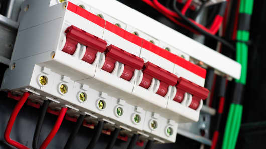 What circuit breakers are and how they could halt stock markets ...