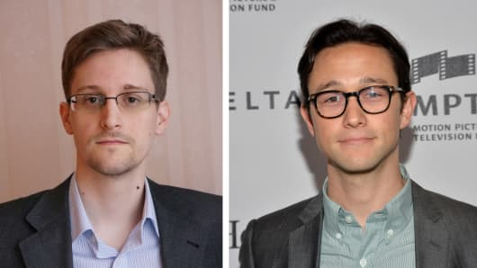 Actor Joseph Gordon-Levitt (R) will play Edward Snowden (L) in a film biopic 'Snowden' directed by Oliver Stone.