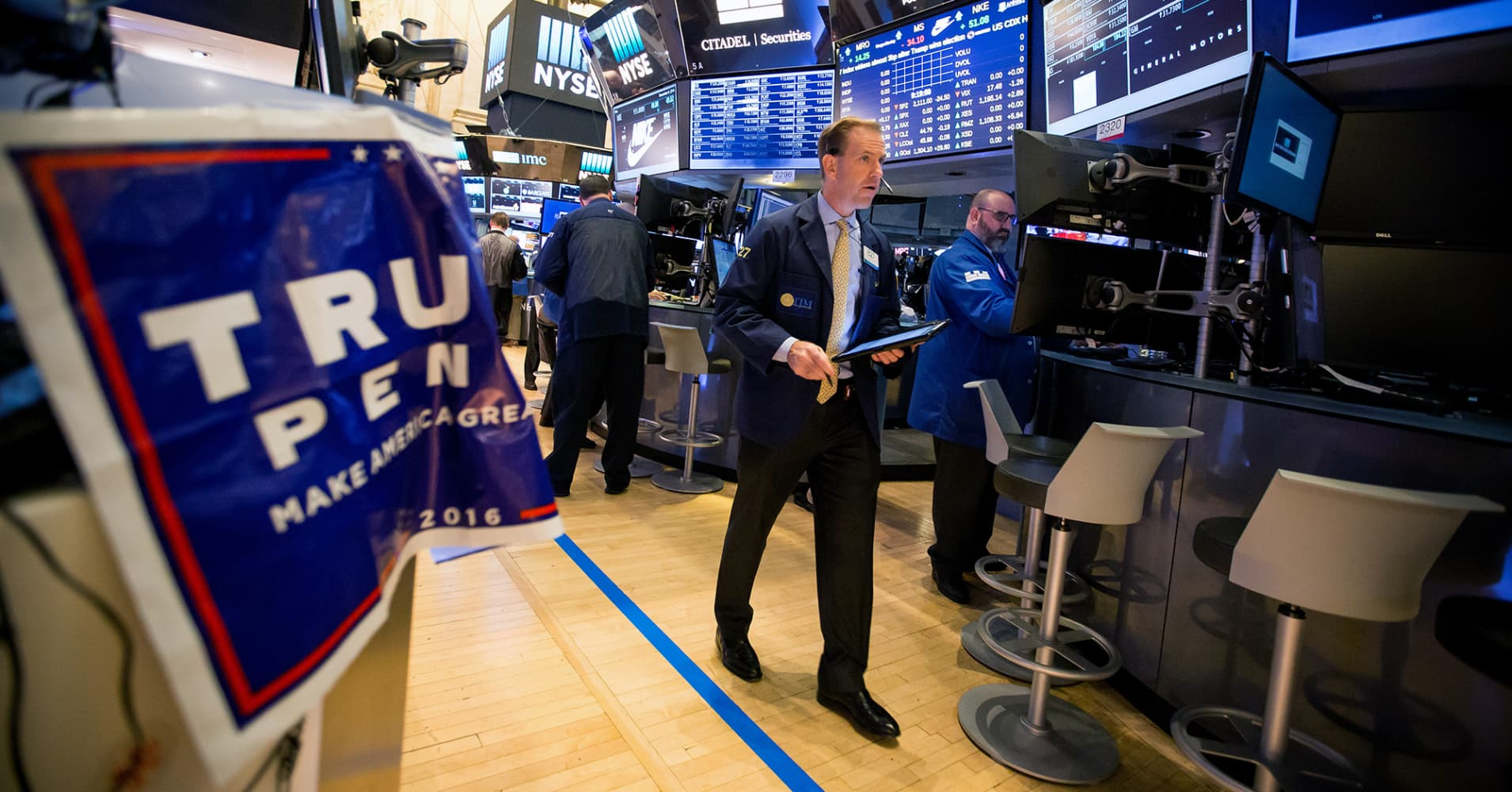 The Stock Market Overreacts In Postelection Pre