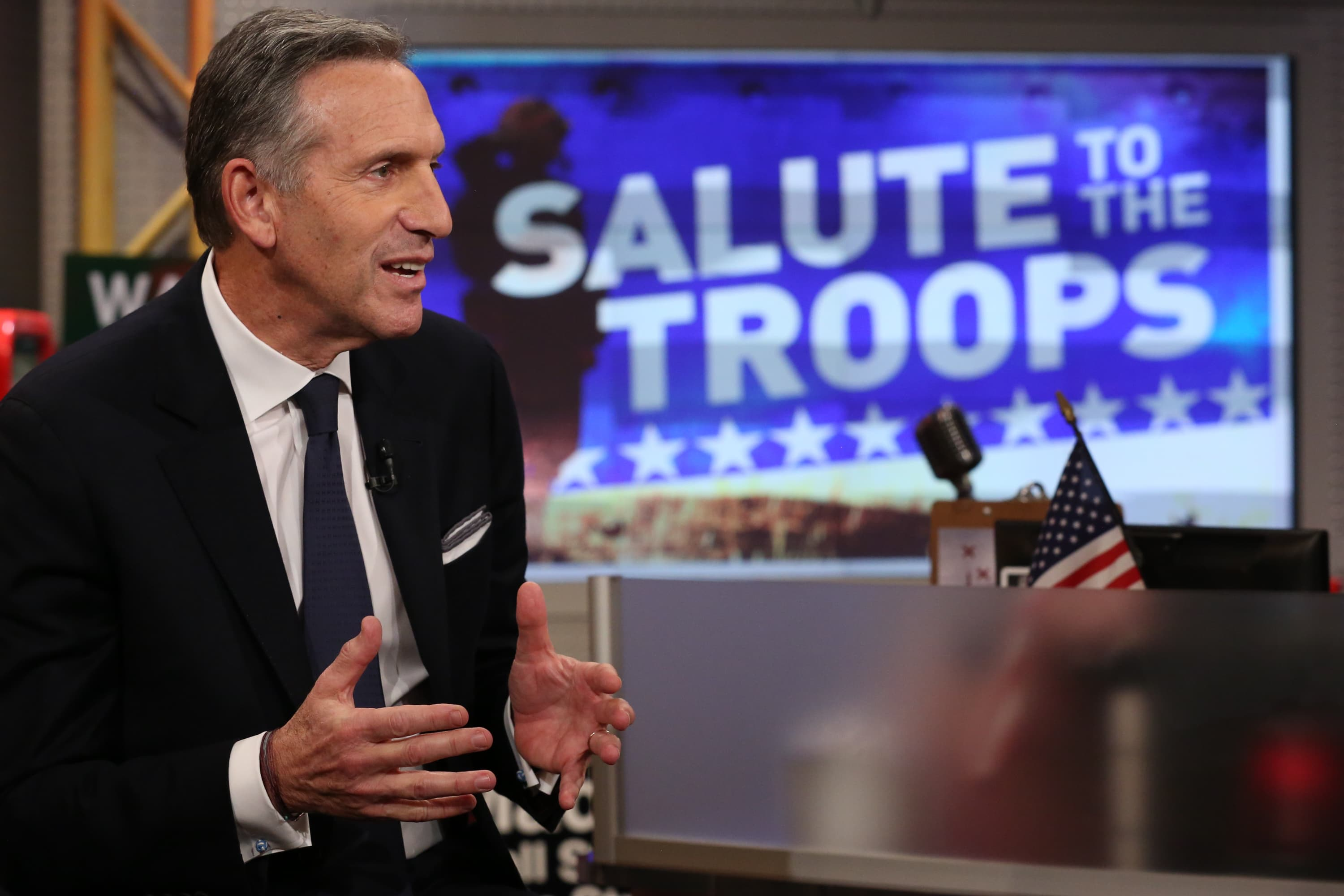 howard schultz s the new ceo saving