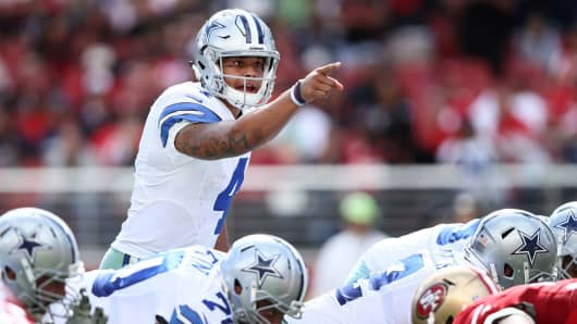 Dak Prescott of the Dallas Cowboys changes a play at the line of scrimmage during the second quarter against the San Francisco 49ers at Levi's Stadium on October 2, 2016 in Santa Clara, California.