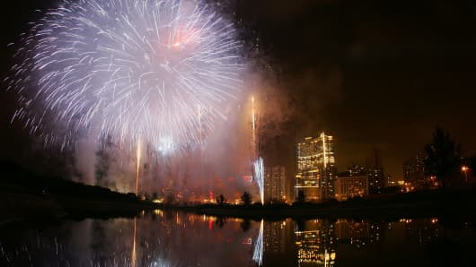 Fireworks during the official opening of the Crown Macau in May 2007.