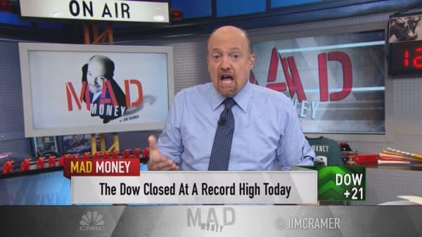Cramer: 'I smell a trade war'