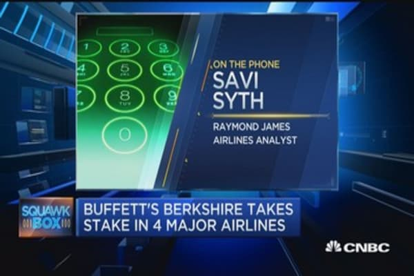 Buffett flying high on airlines