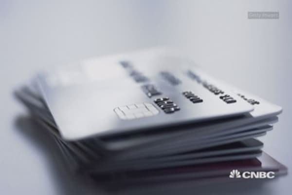 When to use a credit vs. debit card