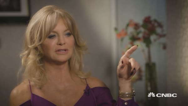 I think women have a tremendous ability to lead: Goldie Hawn