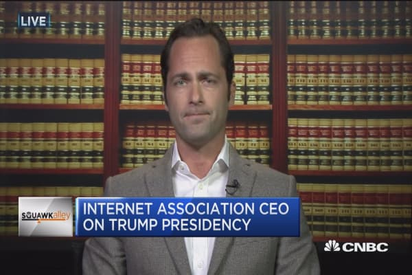 Internet Association: Want to work with the White House on internet, encryption