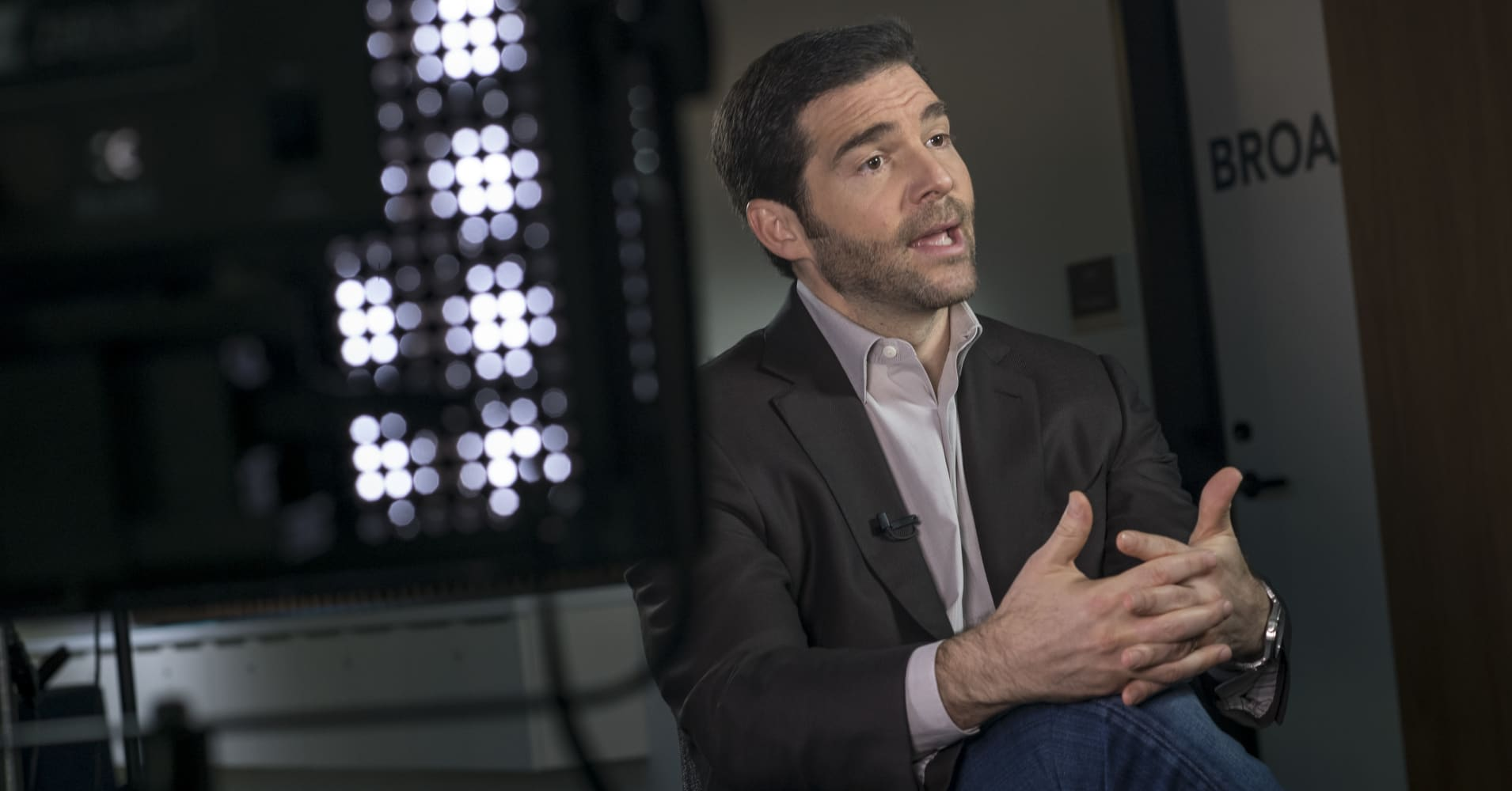 LinkedIn CEO: 2 questions every job seeker should be prepared to answer