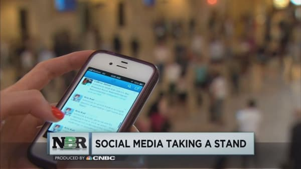 Twitter aims to curb online abuse