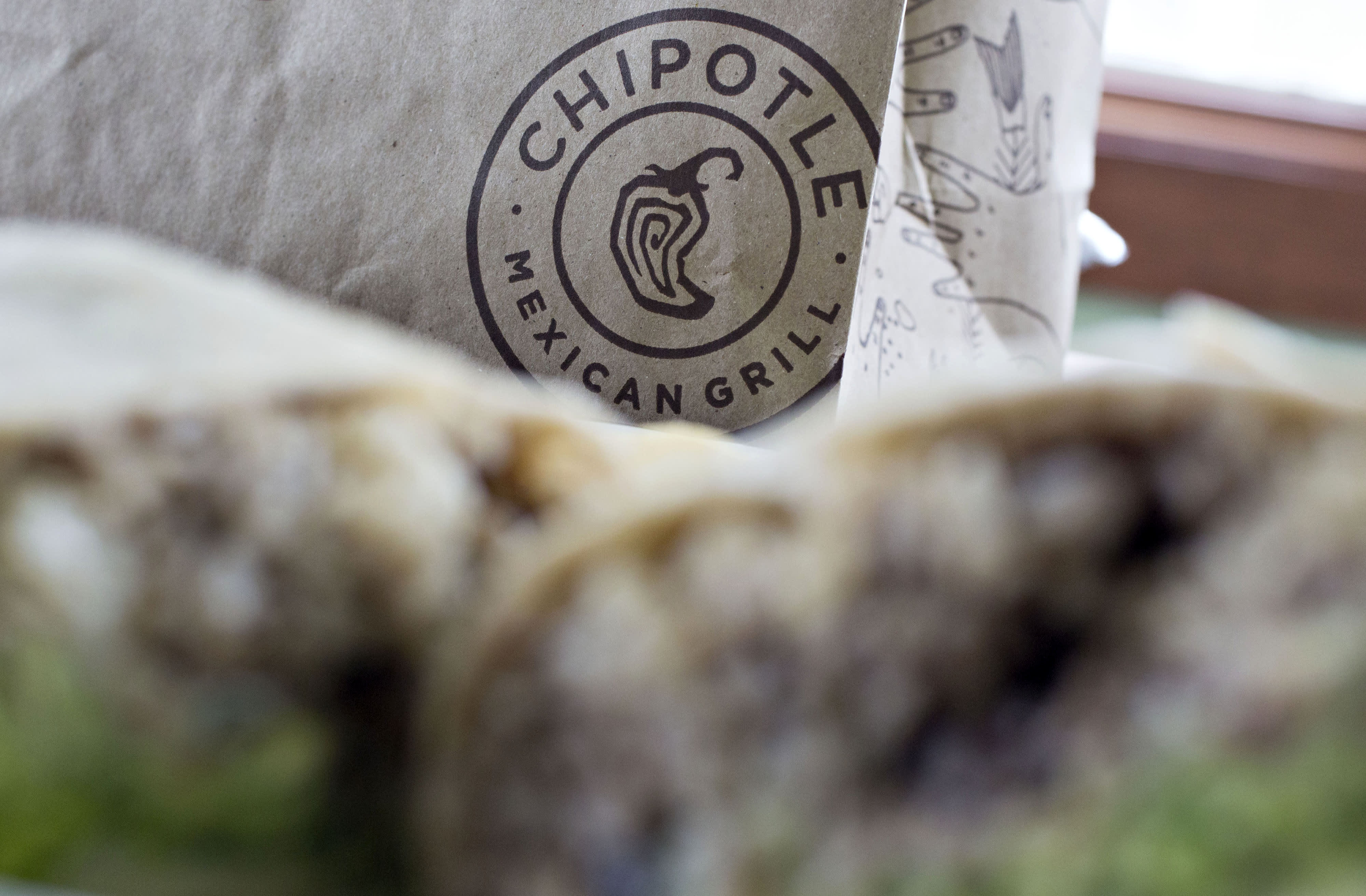 Chipotle is doing some very unChipotle things to win back diners