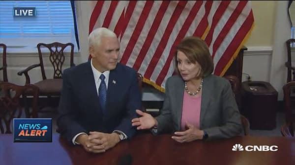 Pence meets with Pelosi