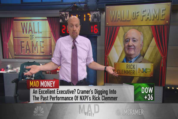Jim Cramer inducts a new CEO into his 'wall of fame'