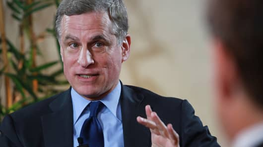 Robert Kaplan, president and chief executive officer of the Federal Reserve Bank of Dallas, speaks during a Bloomberg Television interview at the Bankers Club Mexico in Mexico City, Mexico, on Friday, Nov. 4, 2016.