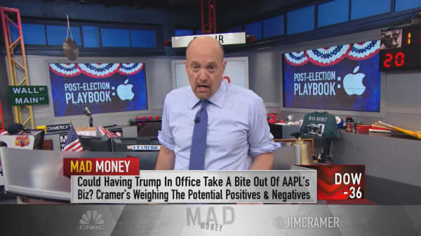 Cramer's 2 reasons why Trump could save Apple billions