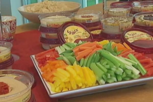 Sabra recalls hummus for possible listeria contamination