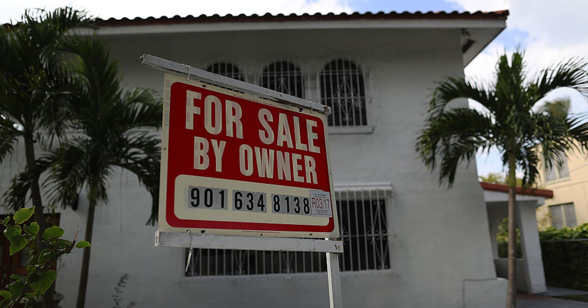 Weekly mortgage applications rise 3.6% after rates dip