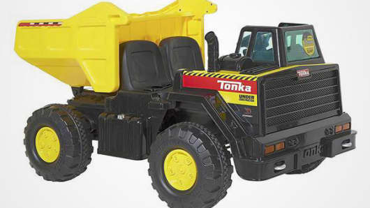 Tonka 12V Dump Truck Ride-On.