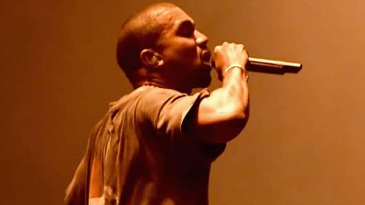 Kanye West performing in October 2016.