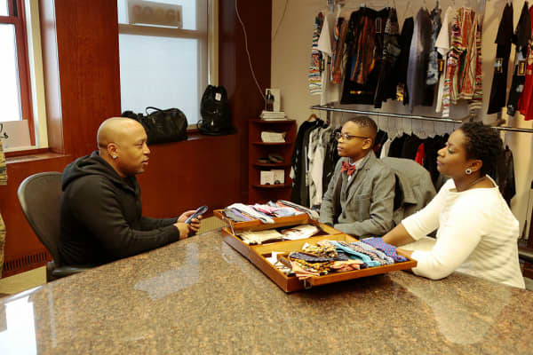"Mo's Bows founder, 11-year-old Mo Morris, did not make a deal on ""Shark Tank,"" but Daymond John promised to mentor him."