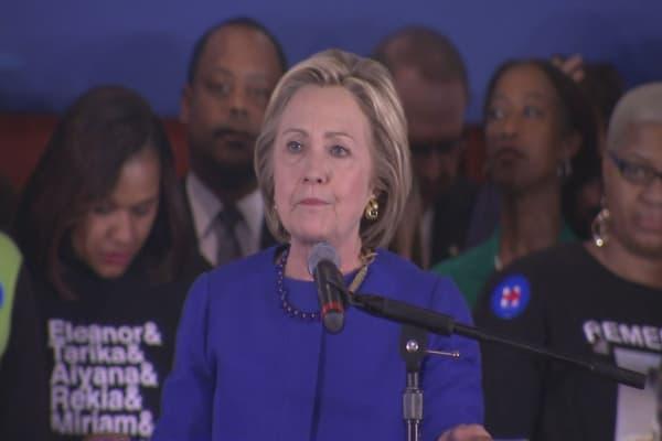 Hillary Clinton's popular vote lead keeps growing