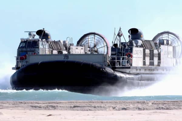 A U.S. Navy Landing Craft Air Cushioned Vehicle (LCAC) approaches the shore nearby Camp Pendleton.