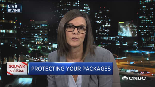 How to protect your parcels from 'porch pirates': Expert