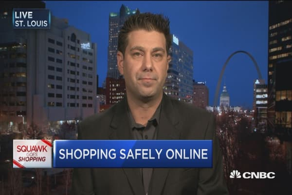 Avoid these digital shopping risks: Expert