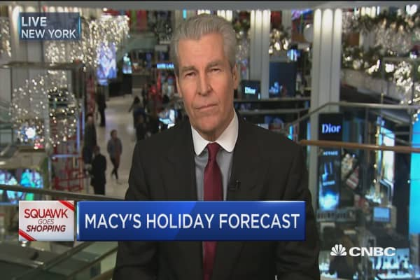 Macy's CEO: Black Friday producing 'steady crowds'