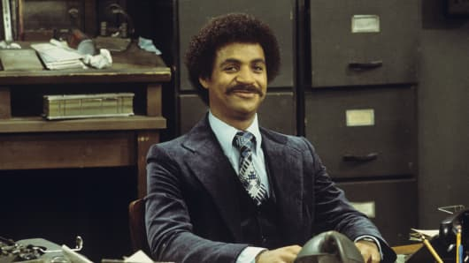 Ron Glass in 1976 on the set of Barney Miller