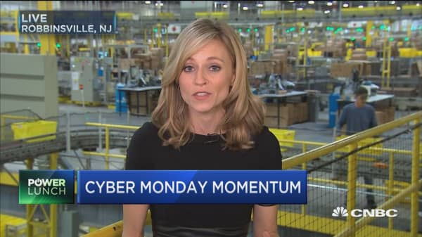 36% of Americans will shop online for Cyber Monday