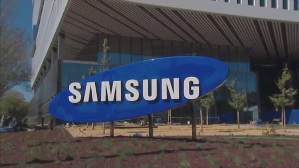 Samsung mulling structural split