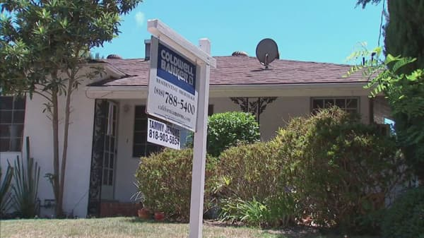 US home prices reach new peak nationally