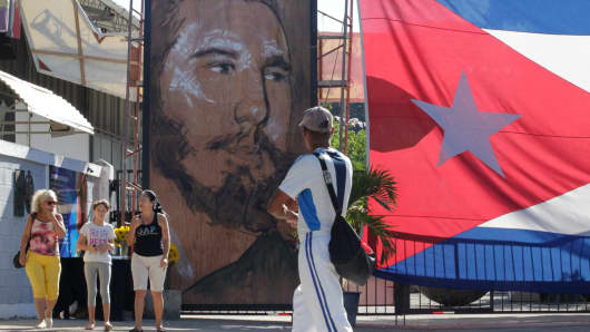 A large drawing of Cuba's late President Fidel Castro is displayed in the Playa neighborhood of Havana, Cuba, November 29, 2016.