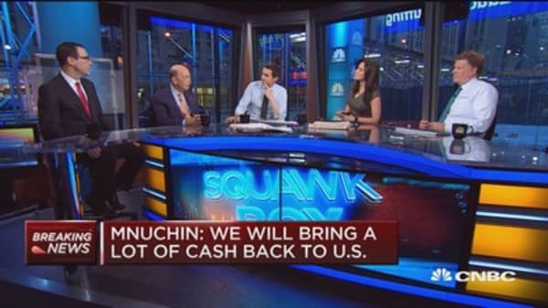 Mnuchin: Interest rates to stay relatively low for a few years