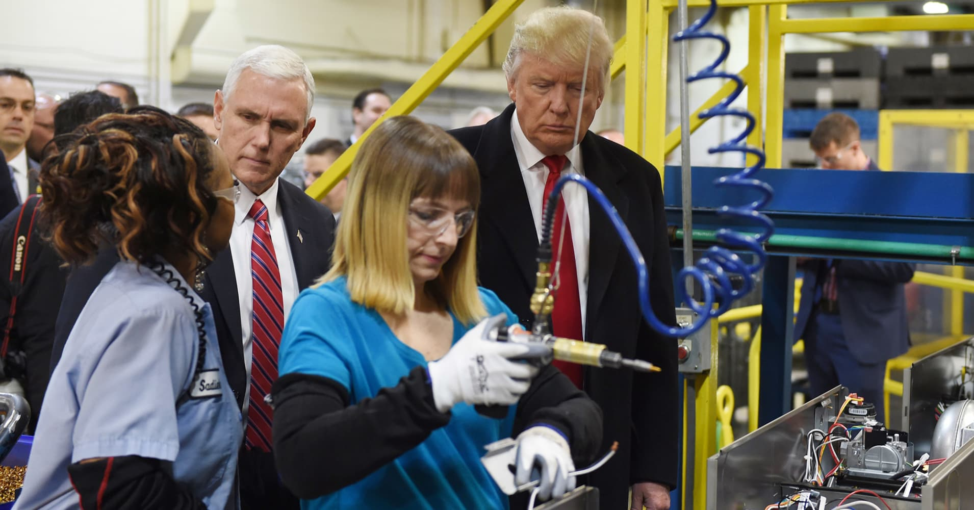 Trump's Carrier jobs deal is just not living up to the hype