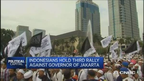 Jakarta rallies distracting Jokowi from priorities: Expert