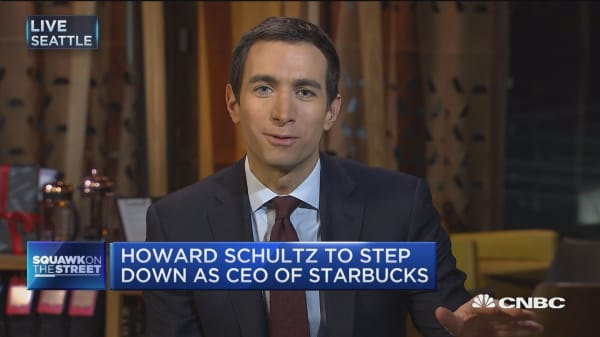 Howard Schultz to step down as CEO of Starbucks