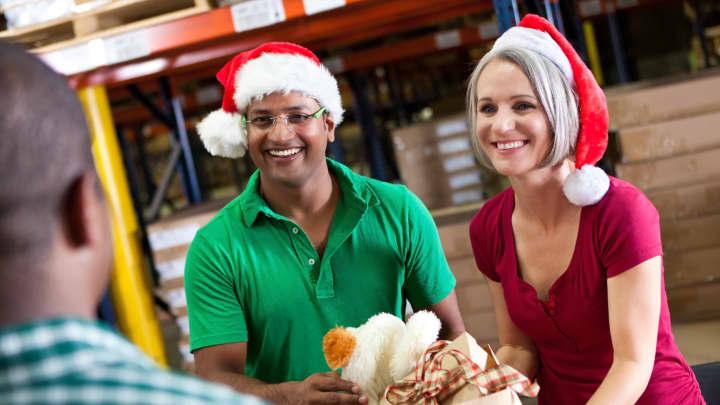 wal mart patagonia dhl and others giving back this holiday season