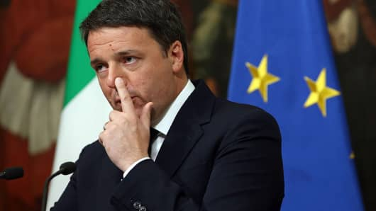 Italian Prime Minister Matteo Renzi give a speech after the results of the referendum on constitutional reforms at Palazzo Chigi on December 5, 2016 in Rome, Italy. The result of the government referendum that could change the constitution is considered crucial for the political future of Italy and for the personal future of its Prime Minister.