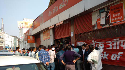 People lining up outside a branch of Bank of Baroda in New Delhi on November 23, 2016.