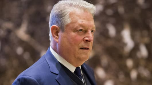 Former US Vice President Al Gore arrives at Trump Tower in New York on December 5, 2016.