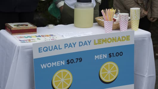 Democratic National Committee women host an Equal Pay Day event with lemonade prices highlighting the wage gap, April 12, 2016 in Washington.