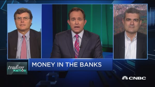 Trading Nation: Money in the banks