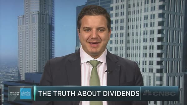 "Investors committing the ""free dividends fallacy""?"