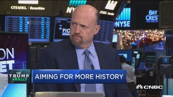 Cramer: I want companies with good earnings & boosted by Trump