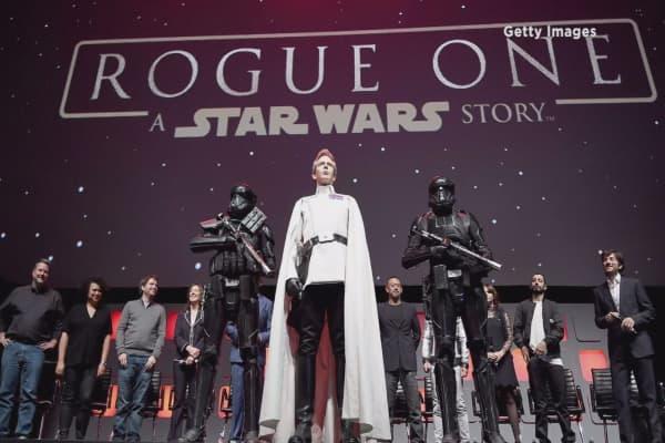 Trump supporters boycott new Star Wars movie